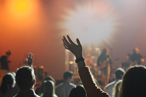 Hifi Music Festival audience dancing